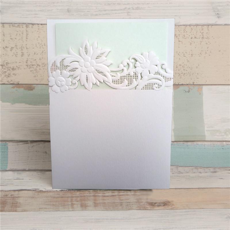 Invitation eller menukort med udstandsede blomster