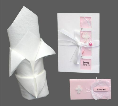 Feminint konfirmationskort med perler, effektpapir, kors og bundet med silkebånd