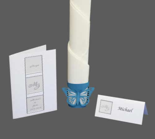 kort der er inddelt i felter til at skrive gæstens navn, monogram, sølvbrudeparrets navne