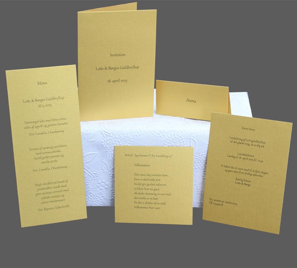 Enkle invitationer, bordkort, menukort til guldbryllup