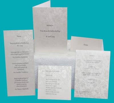 Enkle invitationer, bordkort, menukort til kobberbryllup