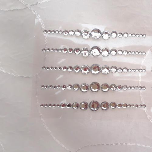 Selvklæbende krystal perlepynt
