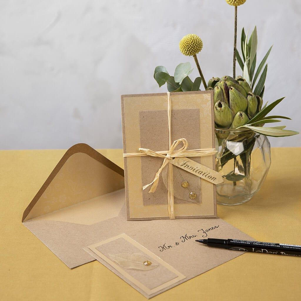 DIY Invitation i kvistkarton med kuvert