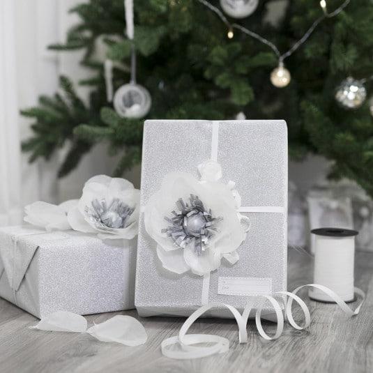 julepynt i hvidt