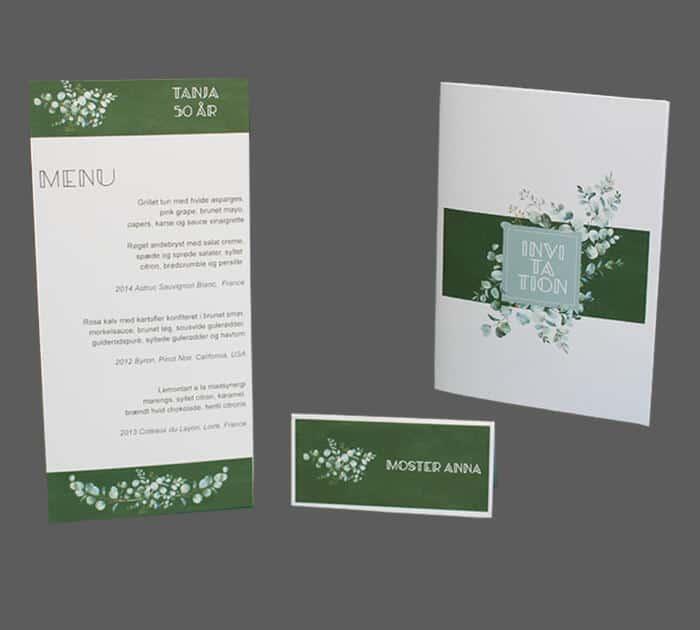 Invitation, bordkort og menukort med eucalyptusblomster