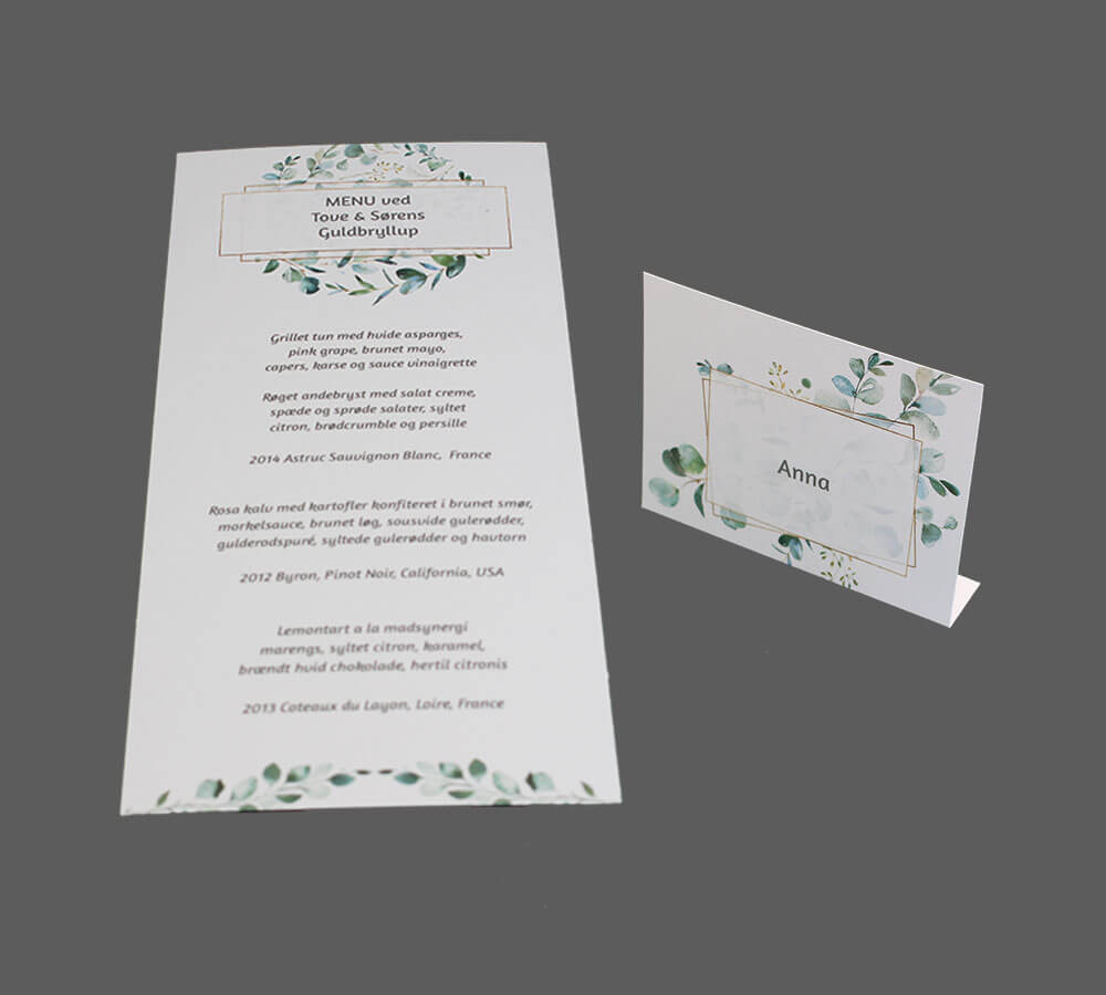 Menukort og bordkort med eucalyptus og guld ramme