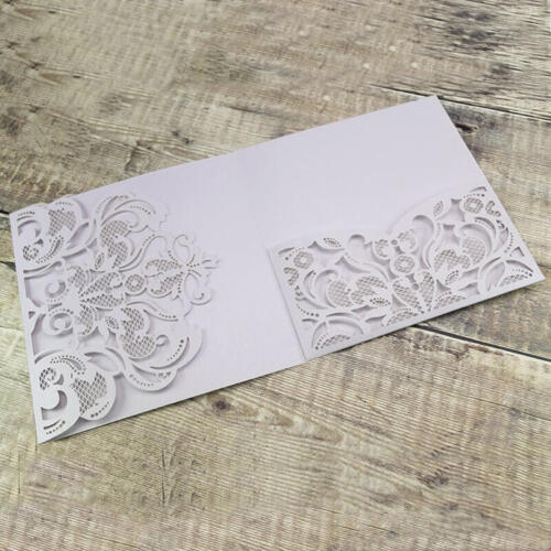 Hvidt pocketkort med mønster flap og lomme