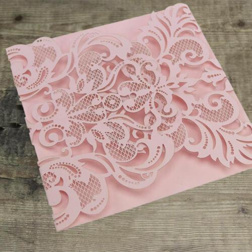 Omslagskort med udskårede flapper - rosa
